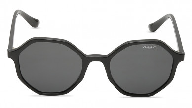 VO5222SW448752 From Vogue